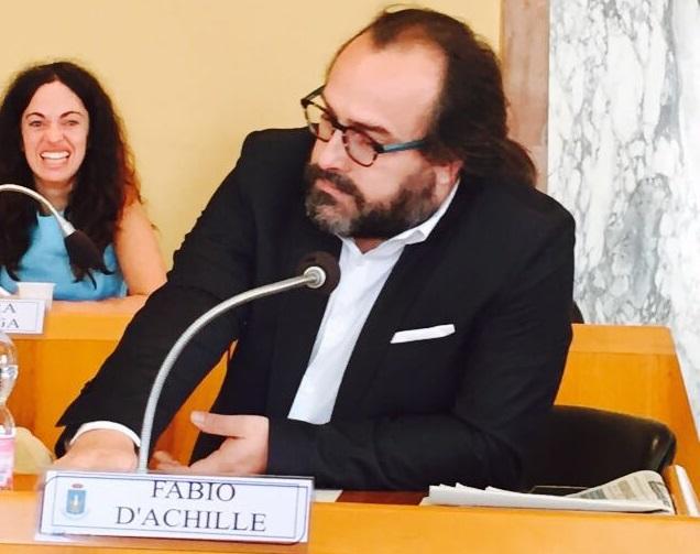 Latina, solidarietà al consigliere Fabio D'Achille