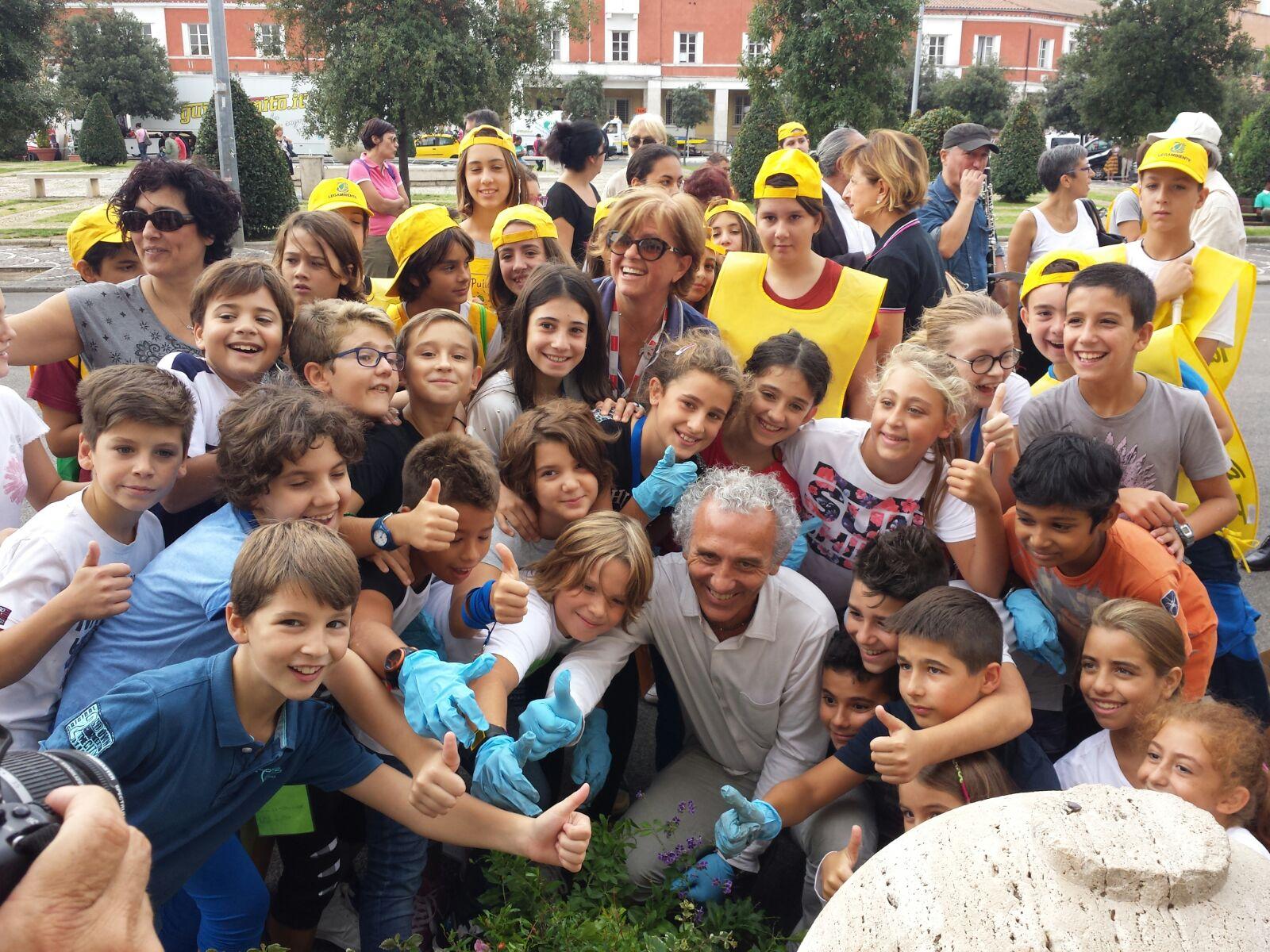 Oltre 500 kg di rifiuti ingombranti raccolti: a Riomaggiore Puliamo il Mondo