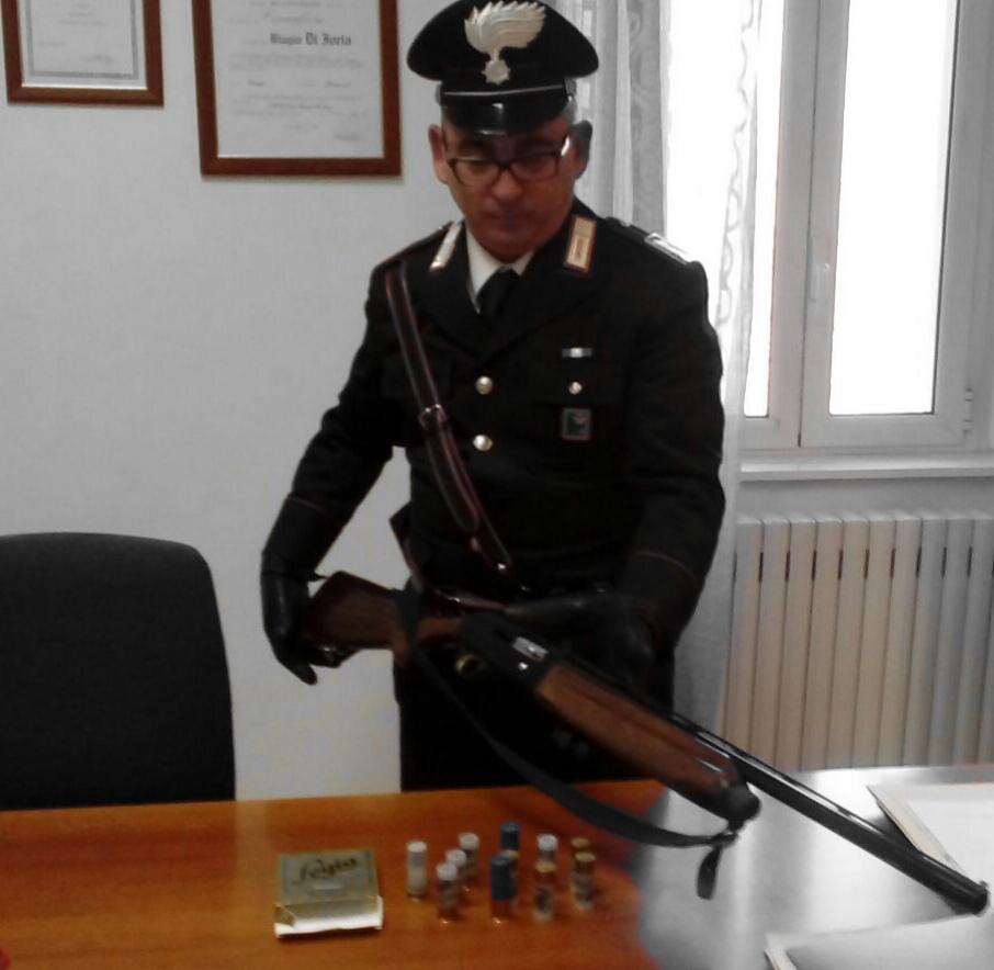 Il fucile posto sotto sequestro