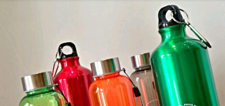 """""""Latina Plastic Free"""", in arrivo 4.100 borracce per gli studenti delle medie - LatinaCorriere"""